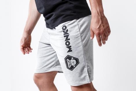 шорты с логотипом